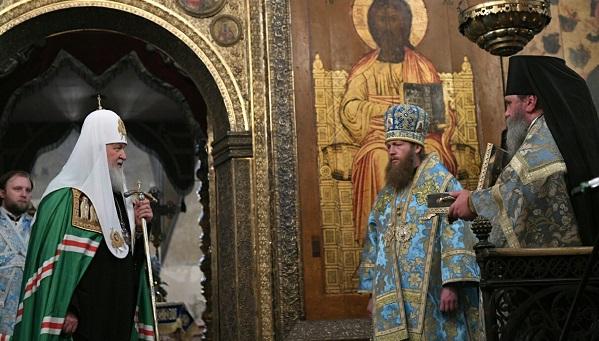 Патриарх Кирилл помог вернуть Тверской области мощи Михаила Тверского