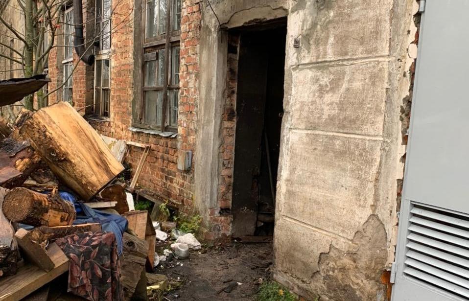 Причины гибели двух человек на пожаре в Тверской области выясняют следователи - новости Афанасий