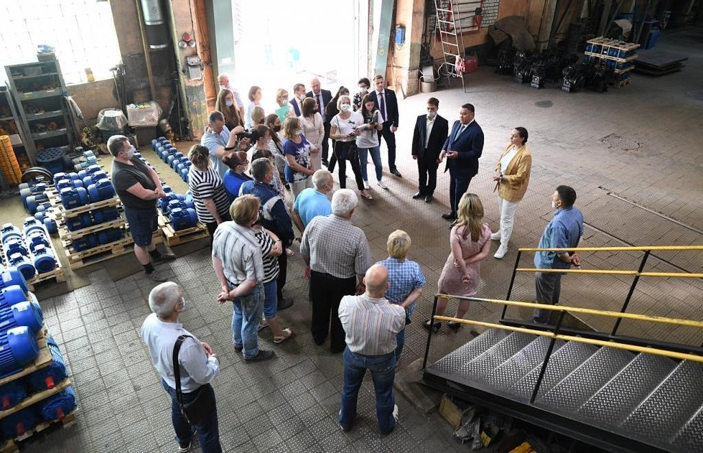 Игорь Руденя посетил завод «Автоспецоборудование» и пообщался с рабочими  - новости Афанасий