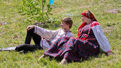 В Троицких гуляниях приняли участие коллективы 23 муниципальных образований Тверской области / фотоальбом