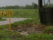 В начале мая около поселка Сонково была обнаружена несанкционированная свалка, расположенная рядом с автодорогой