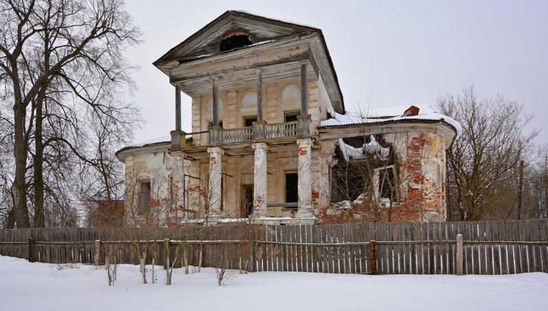 Восстановить и сохранить историю: в Тверской области ищут способы спасения объектов исторического наследия