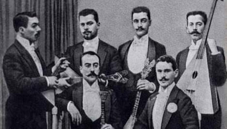 В Тверскую область на праздник бежецкой балалайки из Лондона приедет энтузиаст русской и цыганской музыки Бибс Эккель