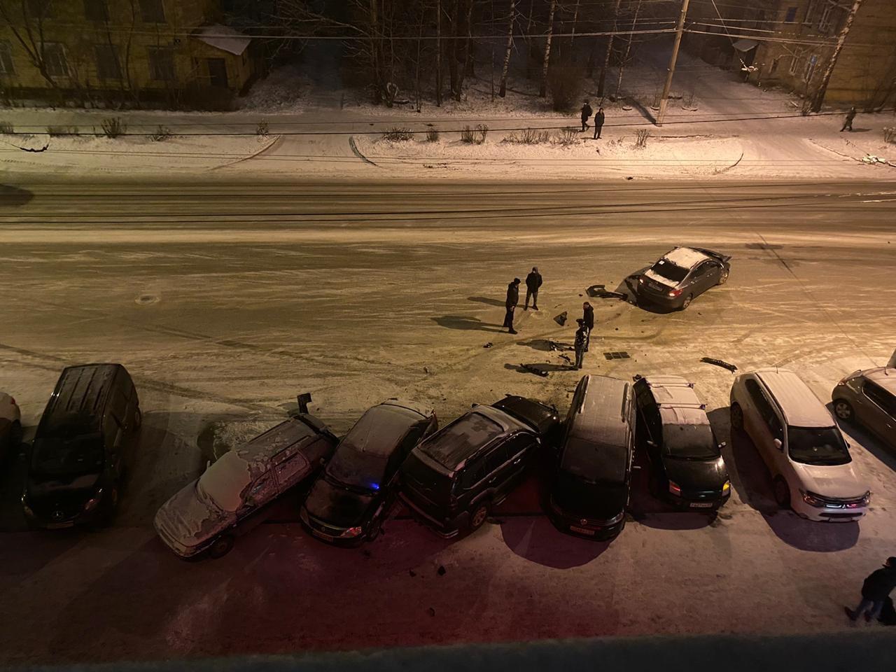 В Твери лихач протаранил пять автомобилей - новости Афанасий