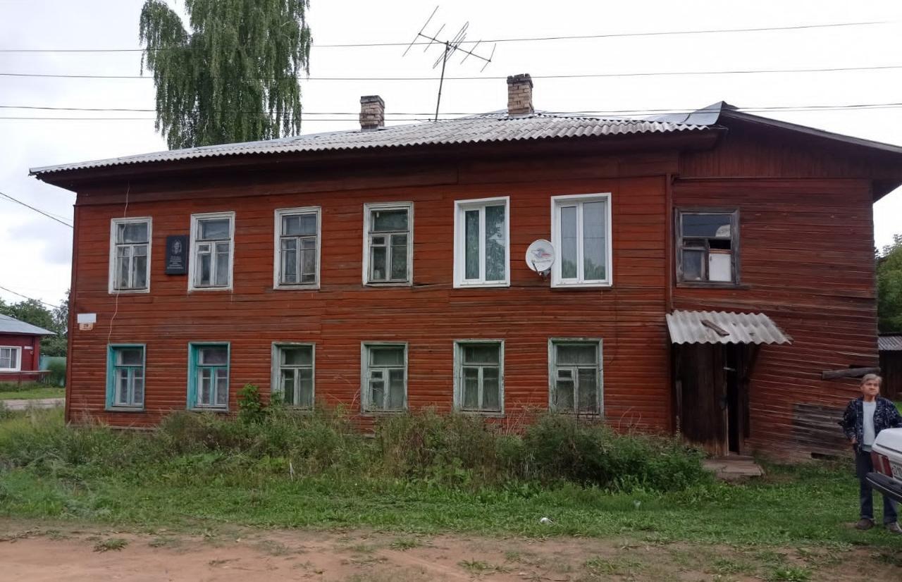 В Тверской области отремонтируют дом ветерана, где обрушился потолок - новости Афанасий