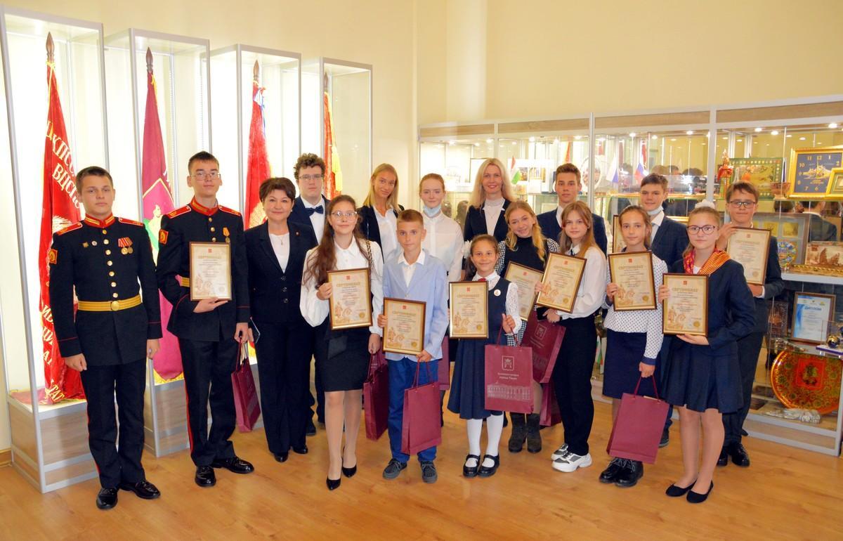 20 одаренных школьников Твери получили премии - новости Афанасий