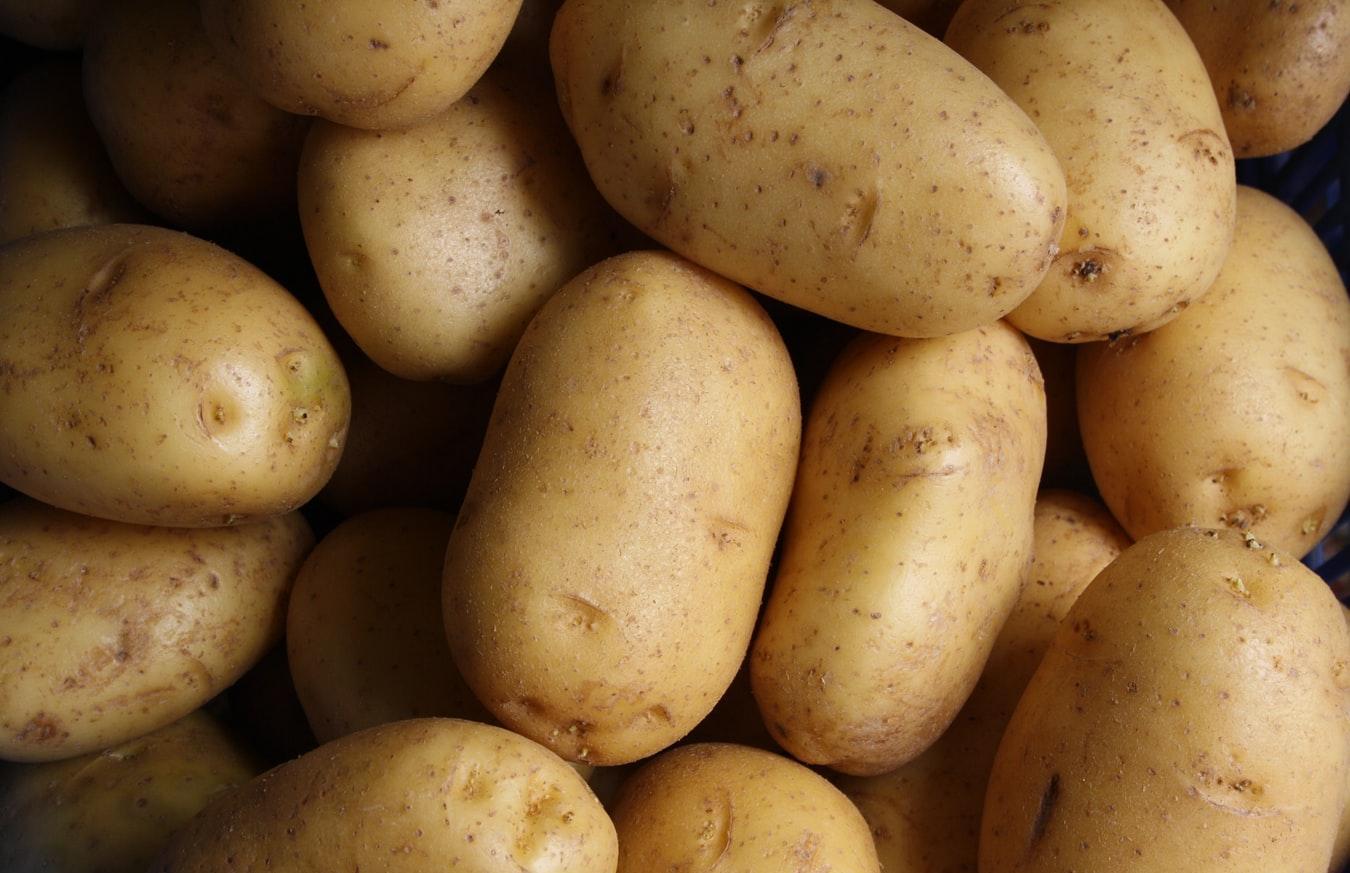 Картофель подорожал сильнее всего за неделю в Тверской области - новости Афанасий