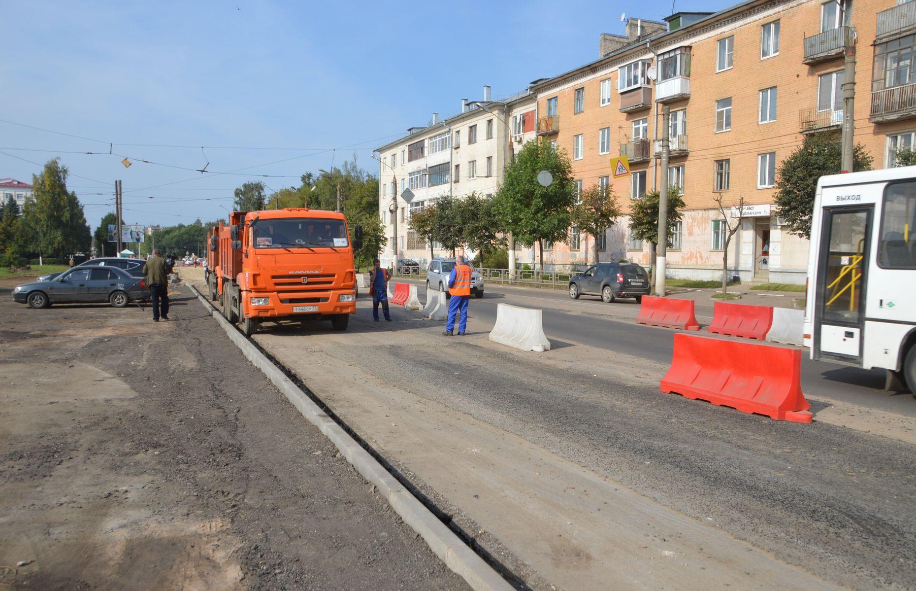В Твери потратят еще 110 млн рублей на ремонт дорог и тротуаров - новости Афанасий