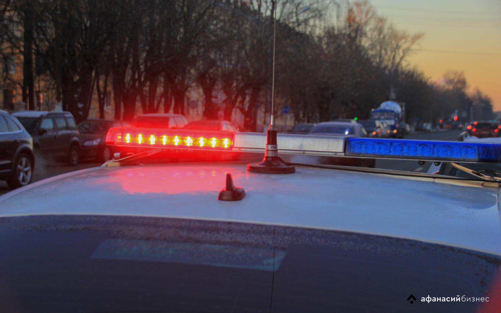 В Тверской области Kia после столкновения с Mazda сбила на «зебре» пешехода