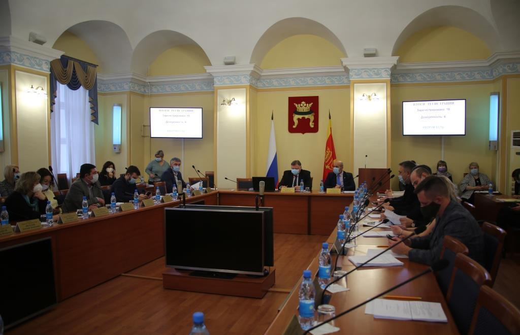 В Твери депутаты поправили бюджет в пользу образования - новости Афанасий