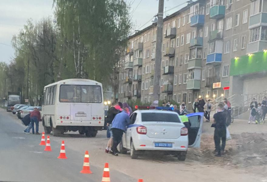 В Тверской области 4-летняя девочка погибла под колесами автобуса