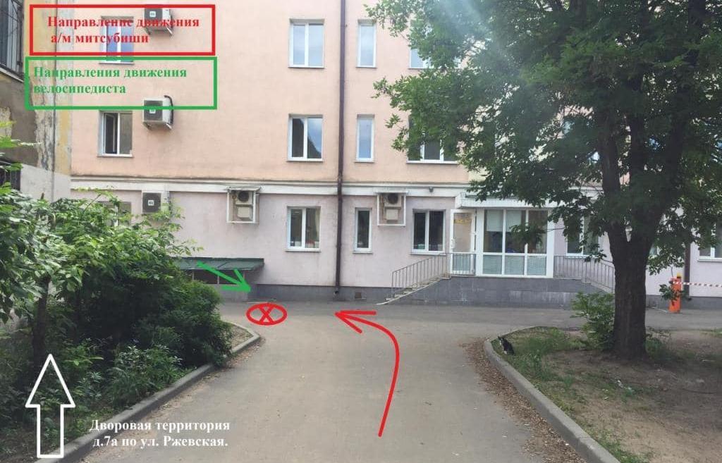 Очевидцы зафиксировали на видео момент наезда на девочку в одном из дворов Твери - новости Афанасий