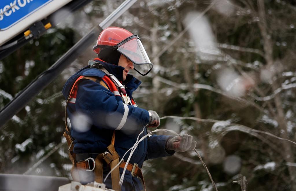 В Тверской области ликвидированы отключения электроснабжения - новости Афанасий