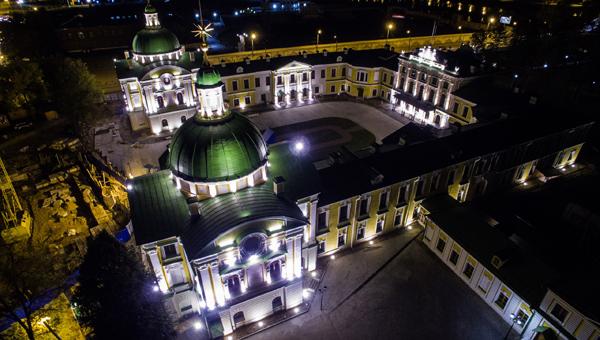 Тверской Императорский дворец украсят подсветкой / фото