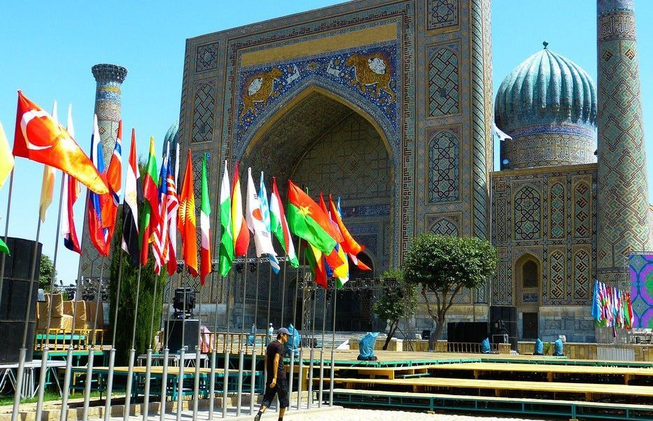 МКБ развивает сотрудничество с банками Узбекистана - новости Афанасий