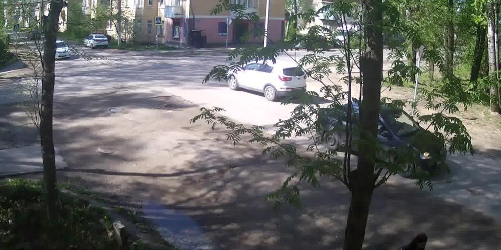 Момент наезда на ребенка в Бежецке сняли камеры видеонаблюдения - новости Афанасий