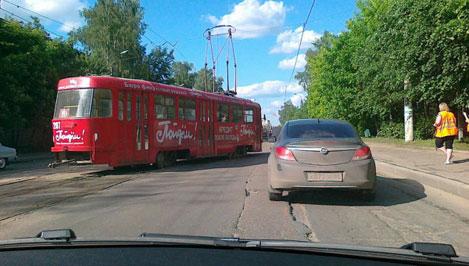 В Твери вновь сошел с рельс трамвай
