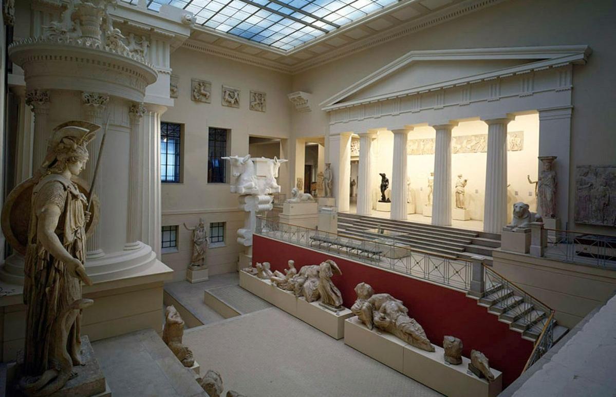 При поддержке банка ВТБ пройдет первое в истории Пушкинского музея онлайн-открытие выставки - новости Афанасий