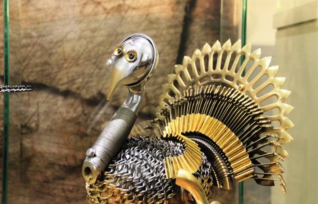 Шедевры из забытых вещей. Что представил в Твери на выставке ювелир и мастер стимпанка Игорь Афанасенко - новости Афанасий