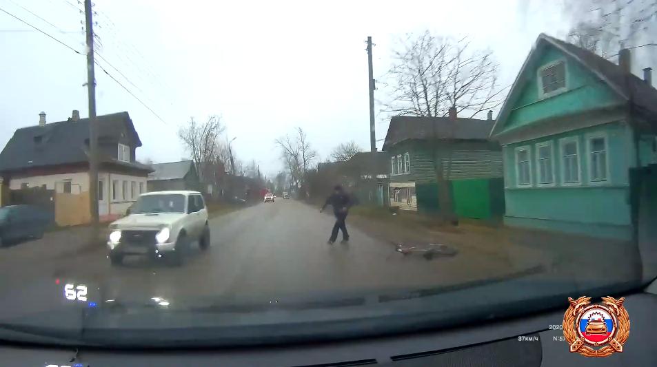 Момент наезда на пешехода в Торжке снял видеорегистратор автомобиля - новости Афанасий