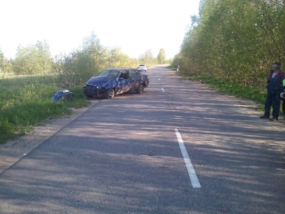 Водителя иномарки увезли в больницу после ДТП в Тверской области - новости Афанасий