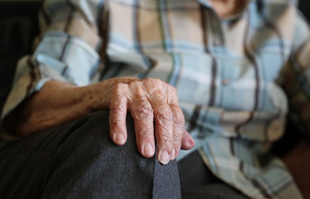 Россиян предупредили о популярных схемах обмана пожилых людей