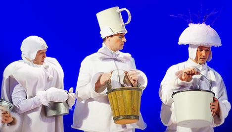 В тверском ТЮЗе завершился показ новогоднего спектакля «Снеговишник» - о чудесах, добрых поступках и детстве / фоторепортаж