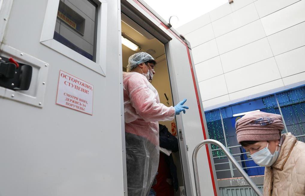 В Тверcкой области первый день работы мобильных пунктов вакцинации прошёл почти при полной загрузке - новости Афанасий