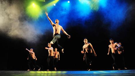 Петербургский театр танца «Искушение» привезет в Тверь уникальное шоу под дождем