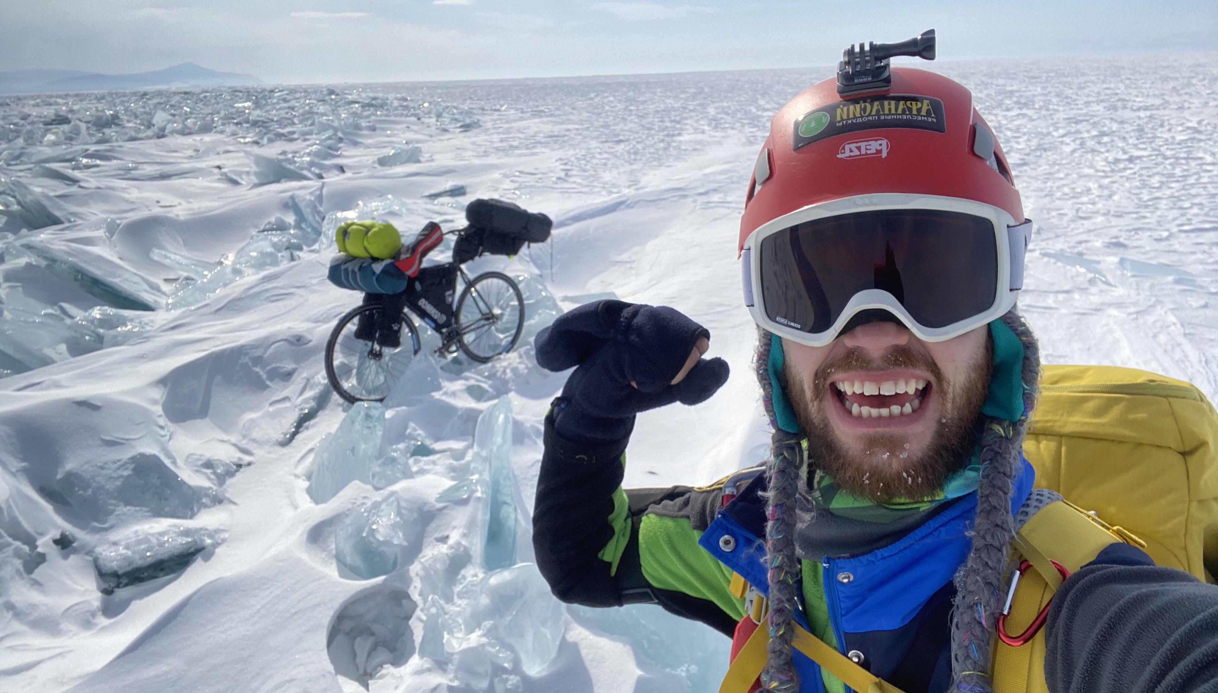 «Я узнал, кто самый крутой на Байкале»: тверской путешественник Иракли Удзилаури рассказал о своем уникальном велопоходе - новости Афанасий