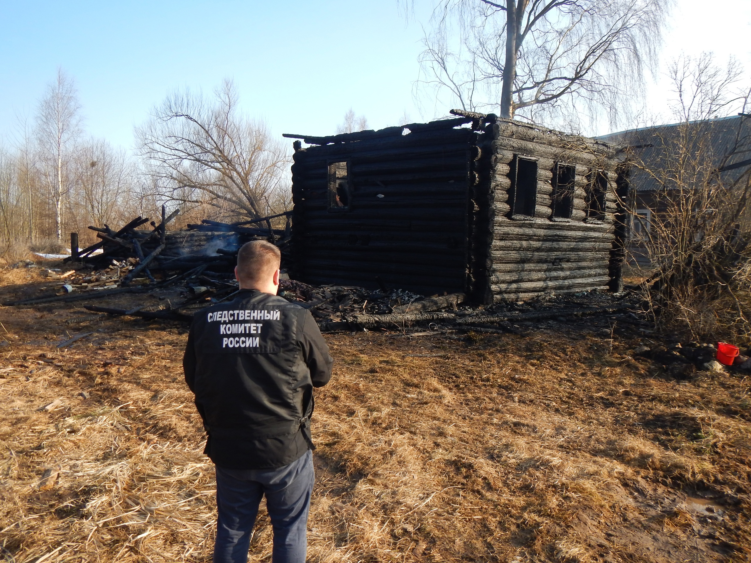 Женщина погибла в сгоревшем доме в Тверской области - новости Афанасий