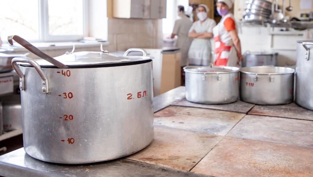 В школьных и детсадовских столовых в Пеновском районе Тверской области продукты хранили с нарушениями - новости Афанасий