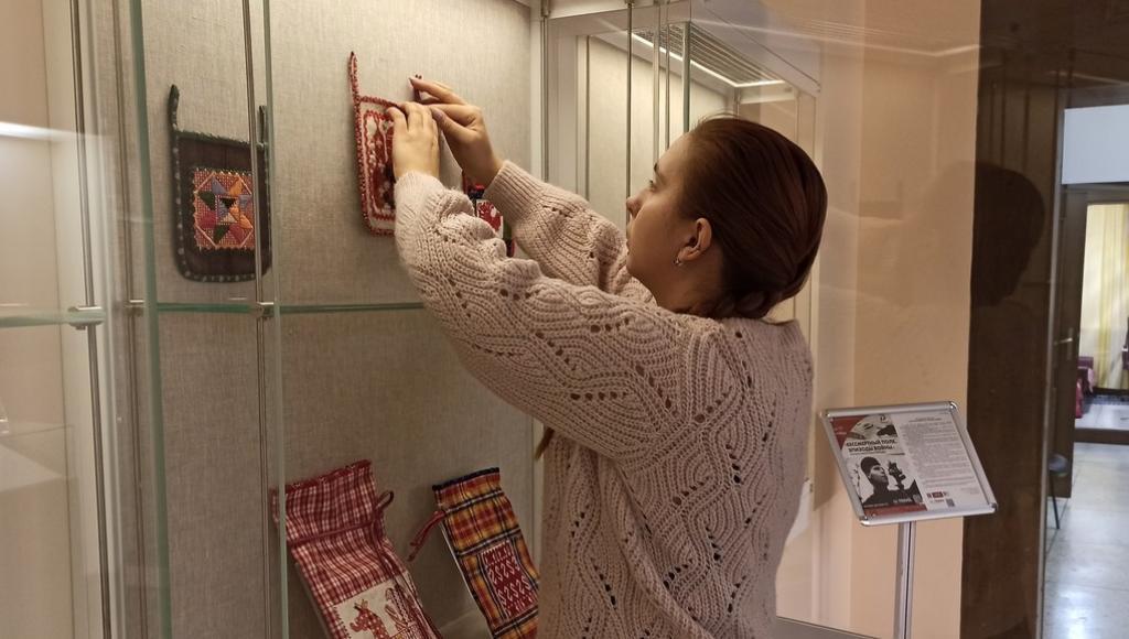 Жители Твери увидят работы мастеров современной вышивки со всей России - новости Афанасий