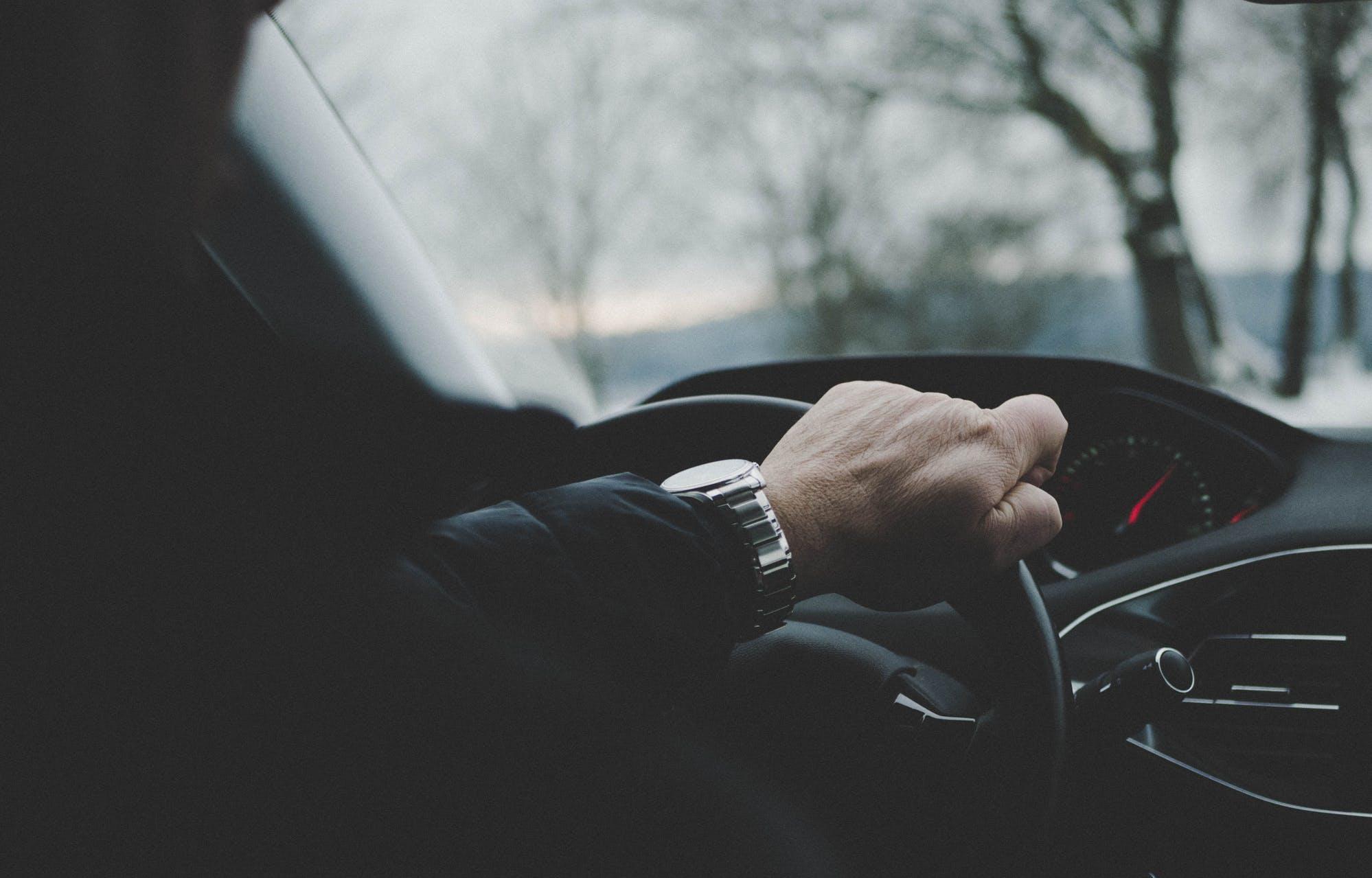 Открытие Research: российский автомобильный рынок из-за пандемии по итогам 2020 года упадет на 15% - новости Афанасий