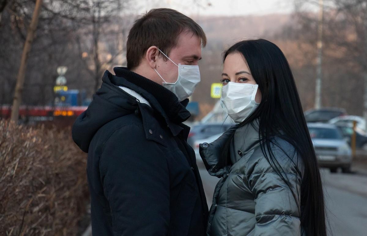 Россиянам рассказали, когда можно будет снять маски - новости Афанасий