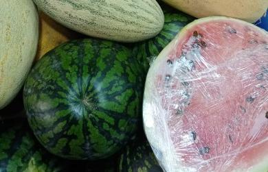 На рынке Твери выявлены нарушения в продаже арбузов и винограда - новости Афанасий