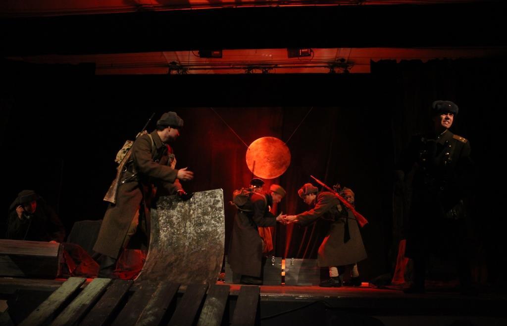 В Твери народный театр-студия «Эксперимент» приглашает на спектакль по повести Булата Окуджавы - новости Афанасий