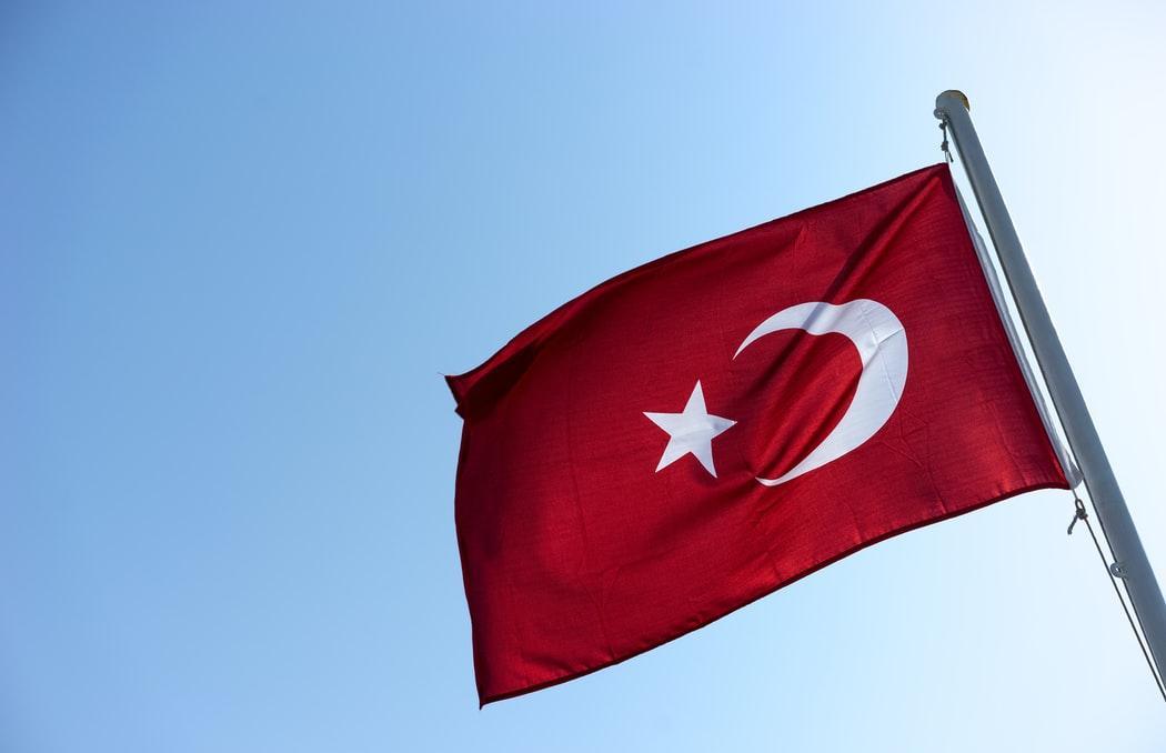 Россия приостанавливает чартерные рейсы в Турцию
