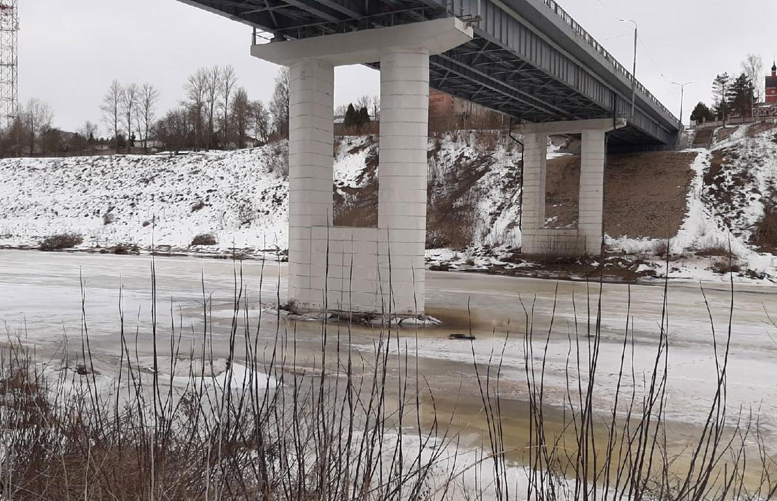 В Ржеве Тверской области под мостом нашли мертвого мужчину - новости Афанасий