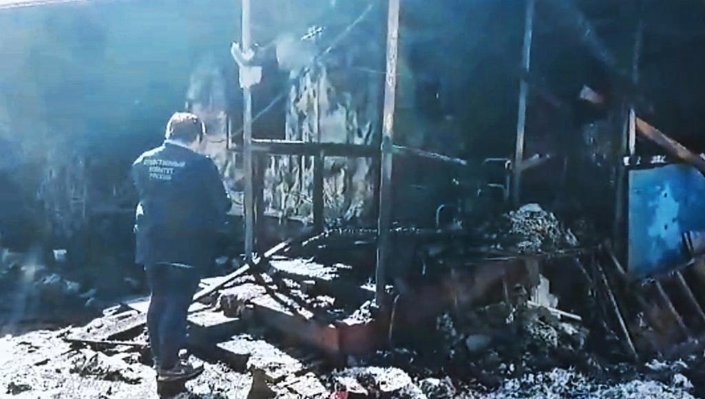По факту гибели двух детей на пожаре в Тверской области возбуждено уголовное дело