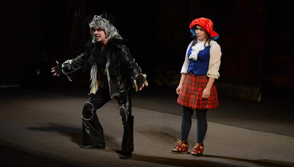 В драмтеатре состоялась премьера мюзикла «Красная шапочка»