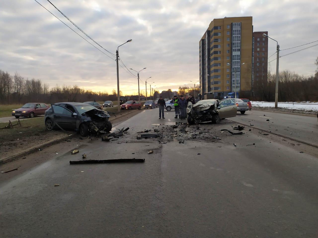 Видеорегистратор запечатлел момент трагического ДТП на улице Красина в Твери - новости Афанасий