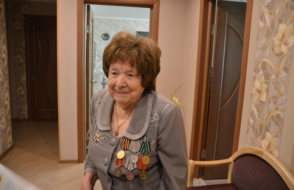 Ветерану Великой Отечественной войны Фаине Терентьевой исполнилось 100 лет