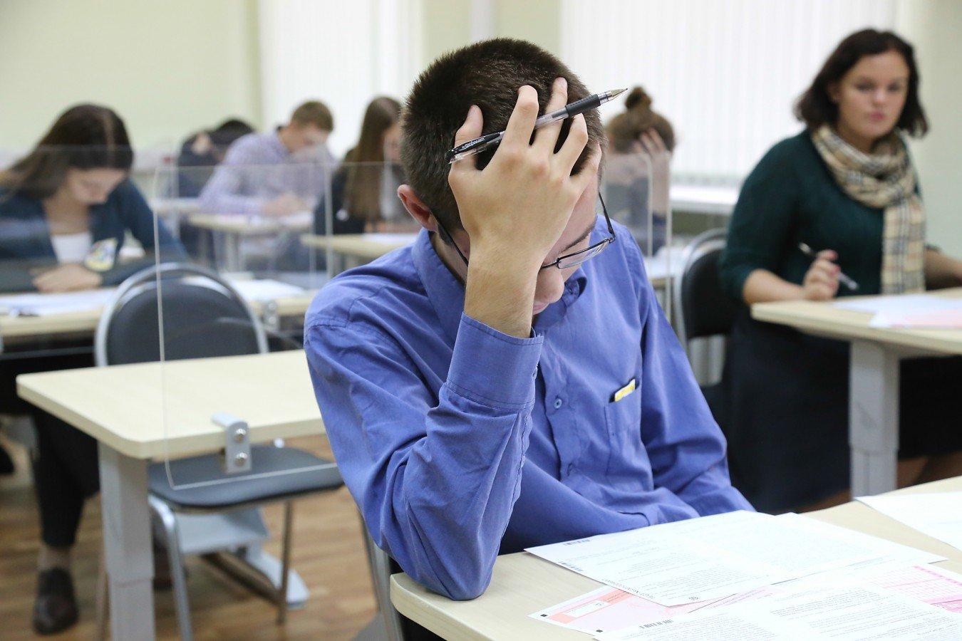 Сегодня в 9-х классах начинаются выпускные контрольные работы