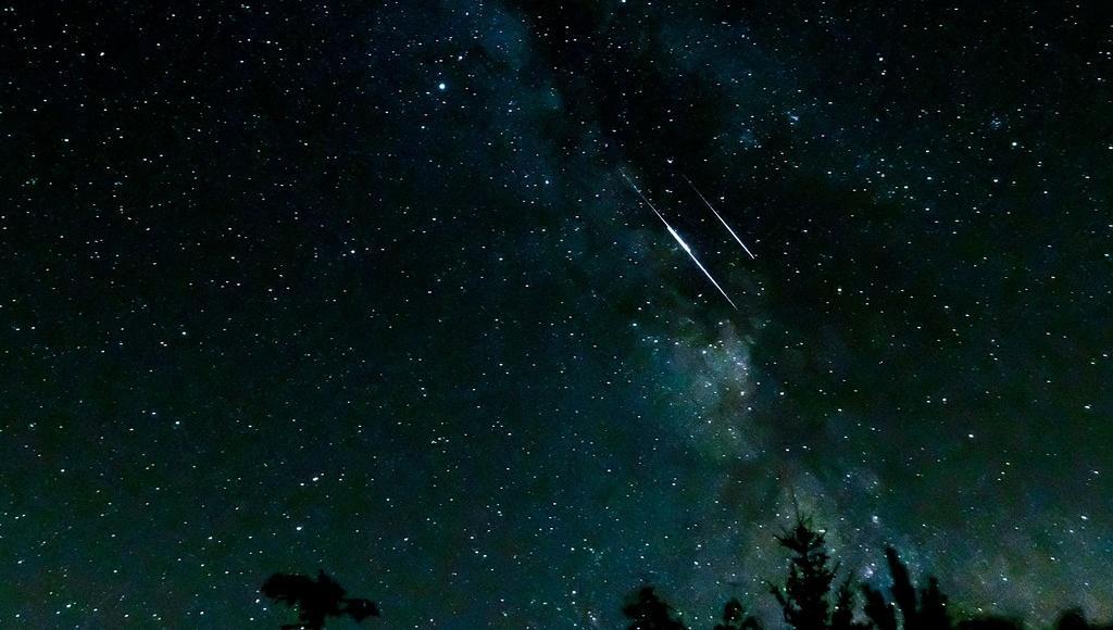 """В декабре можно будет увидеть два звездопада и одну необычную яркую """"звезду"""" - новости Афанасий"""