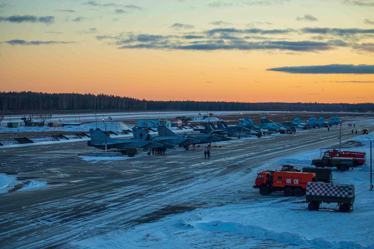 Тверские экипажи истребителей подвели итоги зимних учений - новости Афанасий