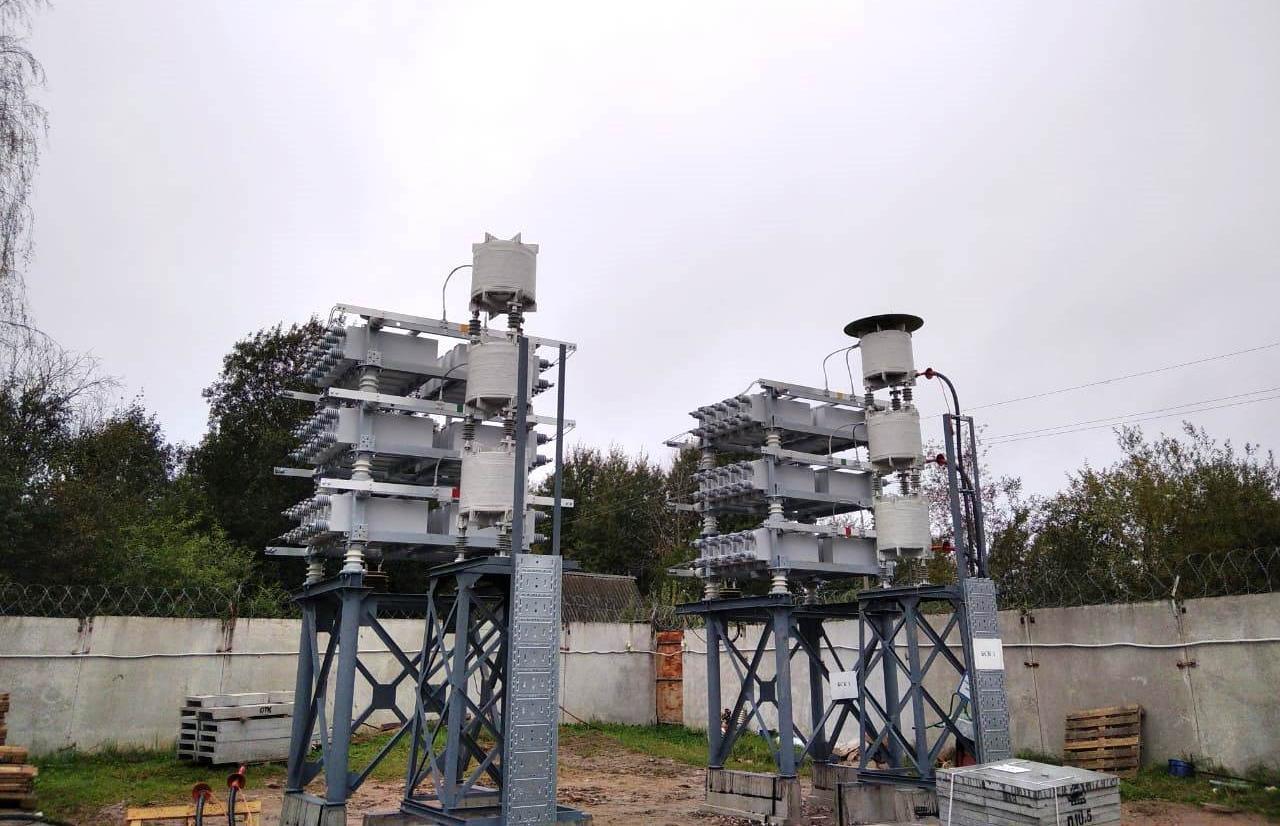 Филиал «Россети Центр Тверьэнерго» завершает реконструкцию оборудования питающего центра 110/35/10кВ «Осташков» - новости Афанасий
