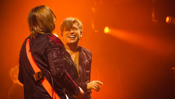 «Би-2» устроили шоу на концерте в Твери / фото
