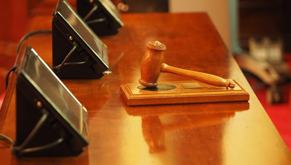 Суд оставил жителя Тверской области без страховой выплаты за ущерб в ДТП - новости Афанасий