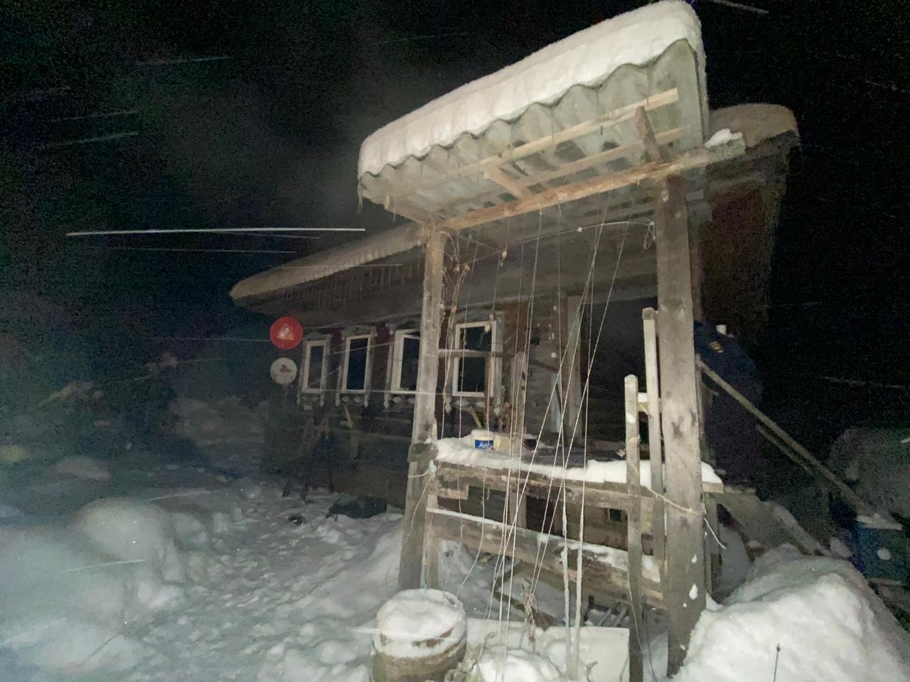 Пожилой мужчина погиб при пожаре в жилом доме в Тверской области - новости Афанасий